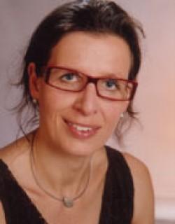 Ursula Ciresa, Mag.